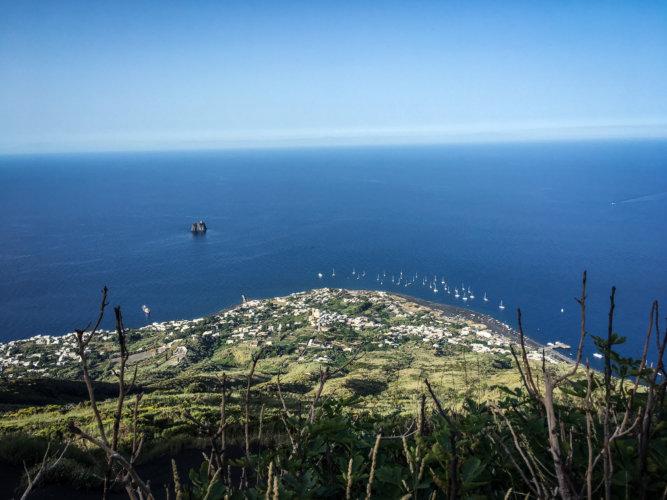 Poi Retreat Stromboli -8003